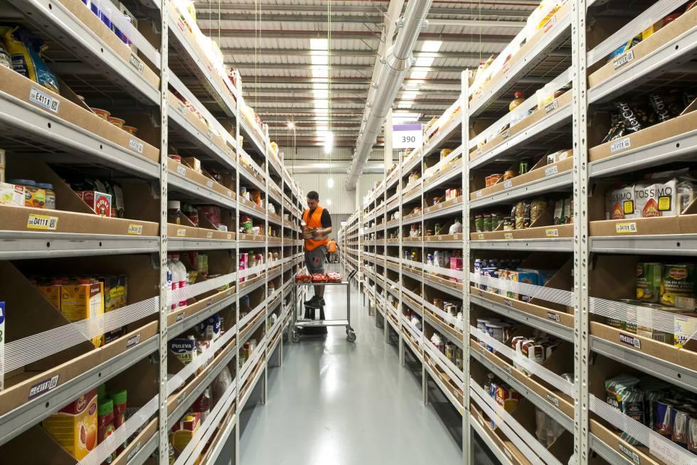 El centro logístico que Amazon tiene en Castellbisbal (Barcelona)