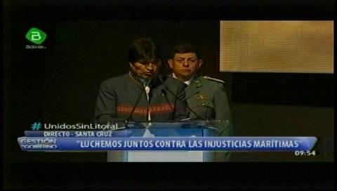 Evo señala trabas en Chile que afectan al comercio exterior de Bolivia