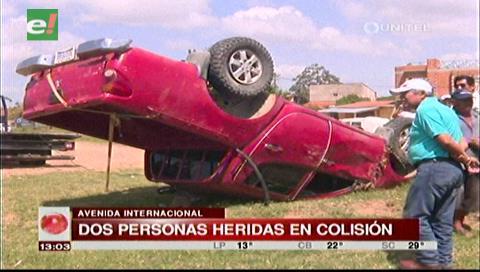Dos personas heridas tras colisión de dos vehículos