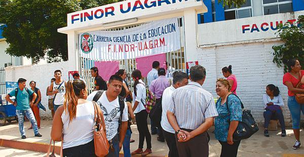 El campus de la Facultad Integral del Norte ha sido tomado desde la madrugada del  domingo