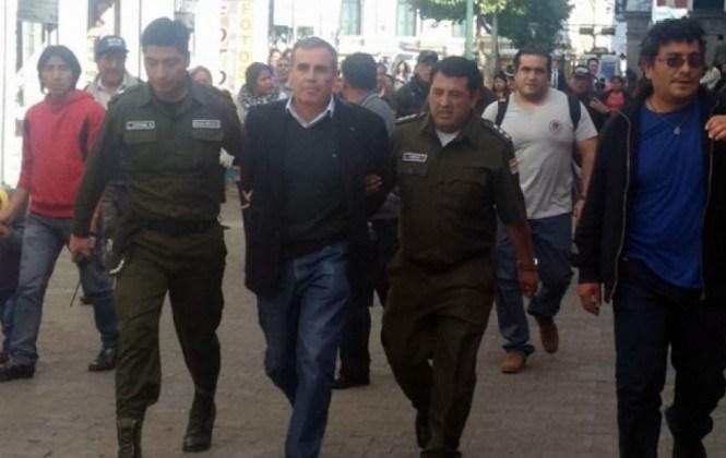 Ordenan detención domiciliaria para el general Salinas y el coronel Celis