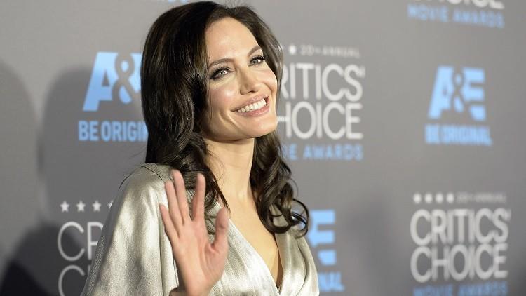 La actriz Angelina Jolie en Los Ángeles, California, EE.UU., el 15 de enero de 2015.