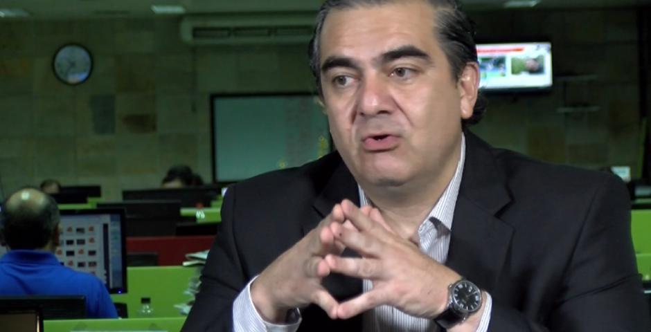 Hugo Siles, ministro de Autonomías