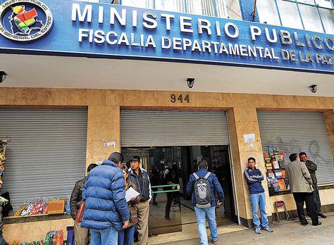 El ingreso a la Fiscalía Departamental de La Paz. Foto: José Lavayén-Archivo.