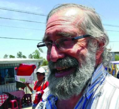 """López Vigil: """"Los comunicadores no deben ser llunk'us al poder"""""""
