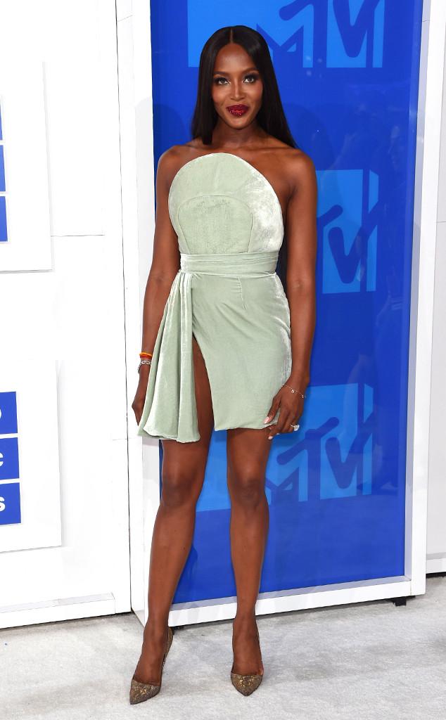 Naomi Campbell, 2016 MTV VMAs