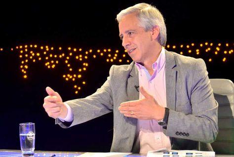 """El vicepresidente Álvaro García Linera durante el programa """"Esta casa no es hotel"""". Foto: ABI"""