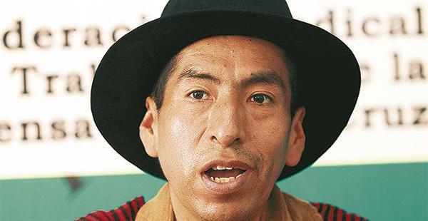 El exmagistrado Gualberto Cusi fue excluido de la cumbre judicial