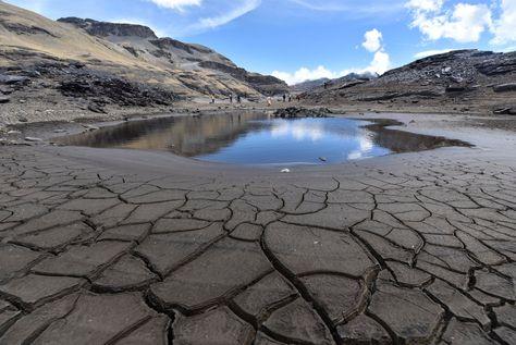 La represa en Hampaturi está sin agua