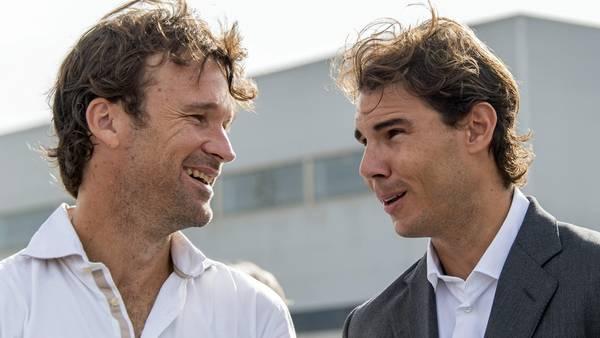 Cara a cara. Carlos Moyá y Rafael Nadal. (EFE)