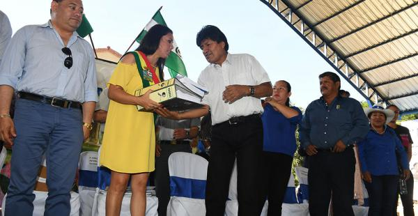 La alcaldesa Sandra Muñoz recibió al presidente Morales
