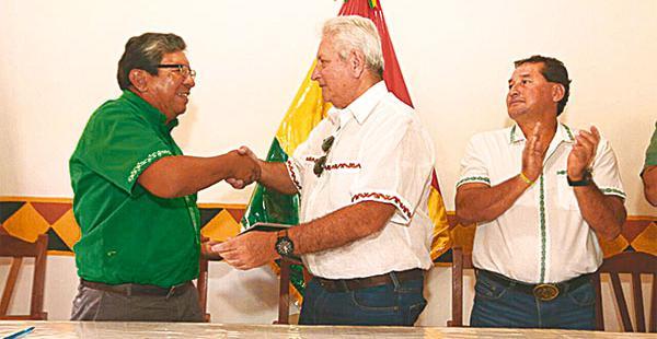 El gobernador junto con el alcalde de Concepción