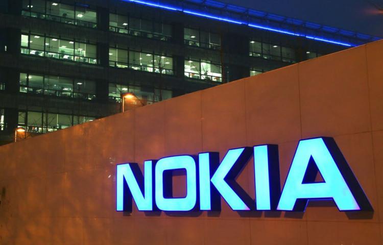 Resultado de imagen para Nokia demanda a Apple por 32 patentes para