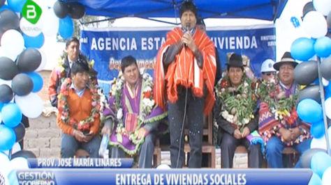 Morales en el acto central en la comunidad de Puna, en Oruro.