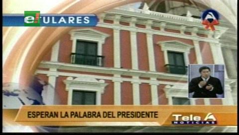 Titulares de TV: Organizaciones sociales afines al MAS sugieren cambios en su gabinete al presidente Morales
