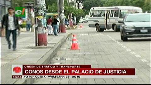 Dueños de locales en la Monseñor Rivero protestan por los conos en la calle