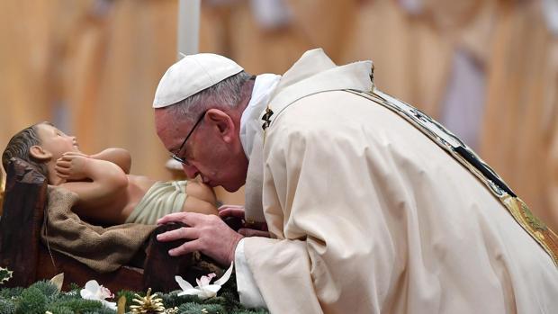 Papa Francisco: «Los Reyes Magos son imagen de quienes no dejan que se les anestesie el corazón»