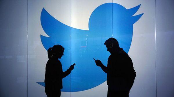 La campaña Hora de Parar muestra un retrato de las agresiones realizadas a través de la popular red social