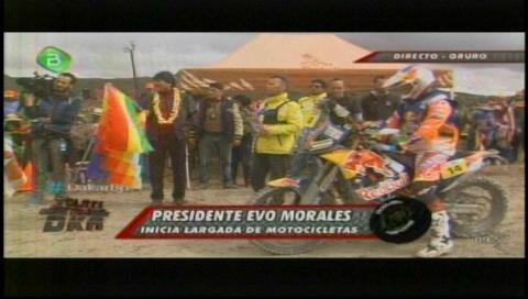 Morales marca la salida de la séptima etapa del Dakar en Orinoca