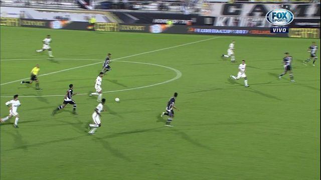 Corinthians aplastó a Vasco y avanzó a la final