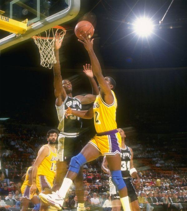 Johnson es uno de los mejores jugadores de la historia de los Lakers (Getty Images)