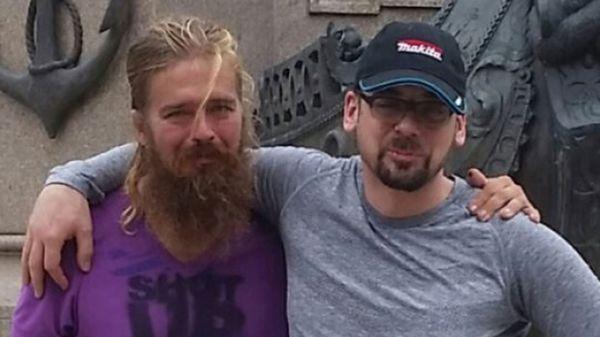 Anton y Stefan Pilipa. El primero estuvo desaparecido durante cinco años. La última vez que se lo vio fue en Toronto. Apareció en el Amazonas
