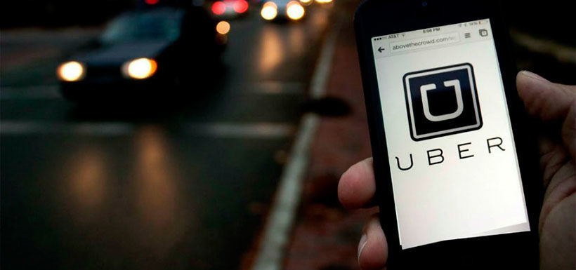 Hombre acusa a Uber de provocar su divorcio y demanda pago por más de  mil millones