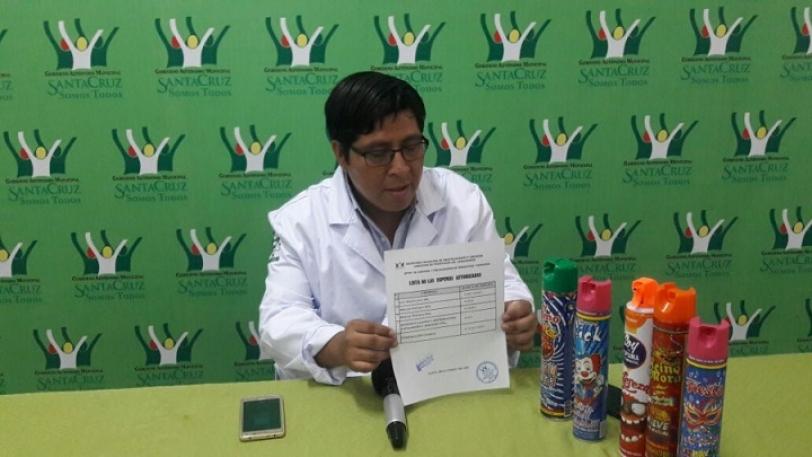 Alcaldía recomienda a la población comprar las espumas autorizadas