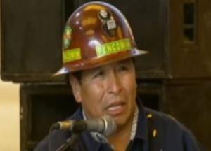 """Líder de las cooperativas de Bolivia dice """"queremos al Presidente por muchas décadas"""""""