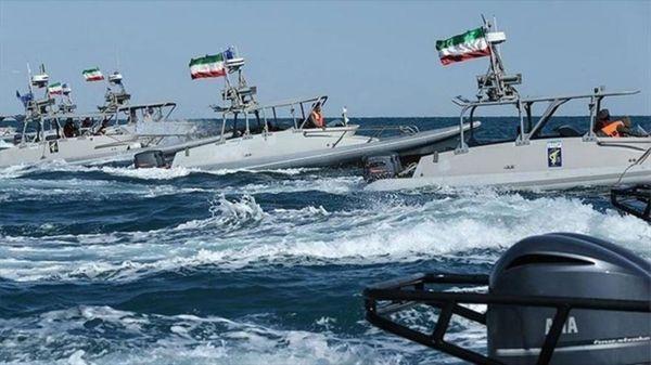 Lanchas rápidas iraníes