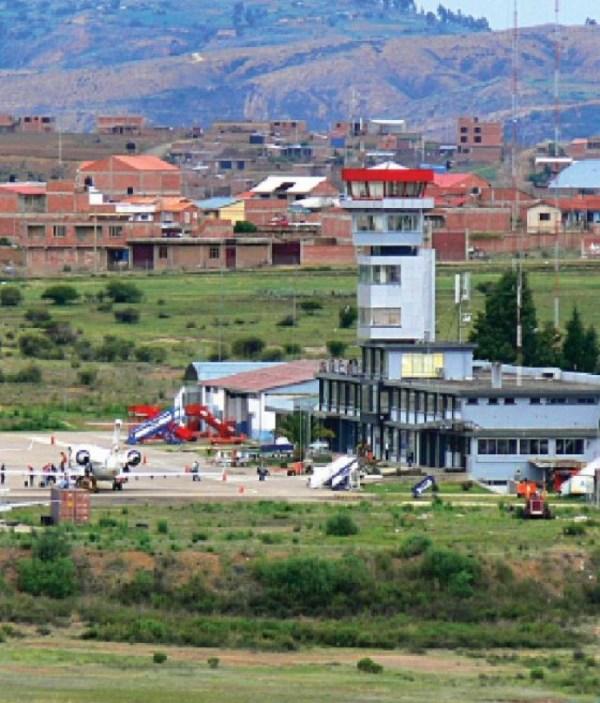 AEROPUERTO. El aeropuerto Juana Azurduy dejó de operar con vuelos civiles en mayo de 2016.