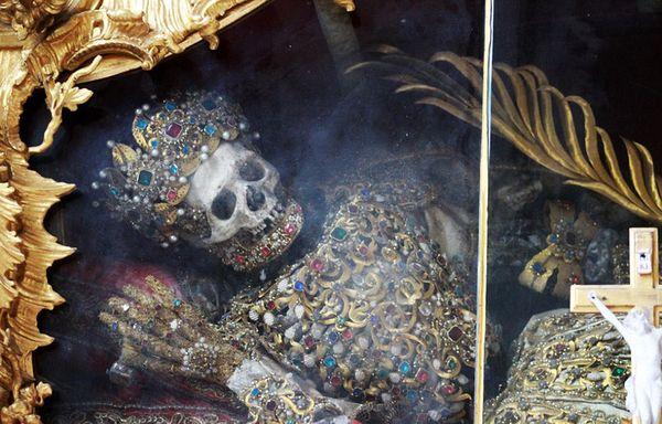 El esqueleto de San Jacinto