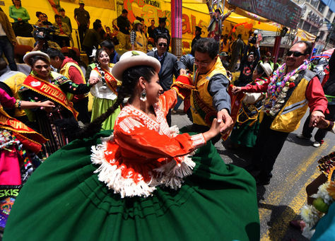 Autoridades municipales participan del Jisk'a Anata. Foto: La Razón