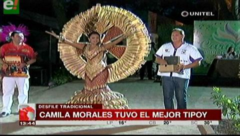 Reinas de Santa Cruz se lucieron en el Café Típico