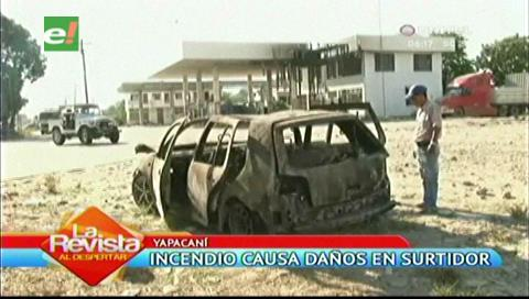 Un vehículo quedó calcinado en un surtidor de Yapacaní