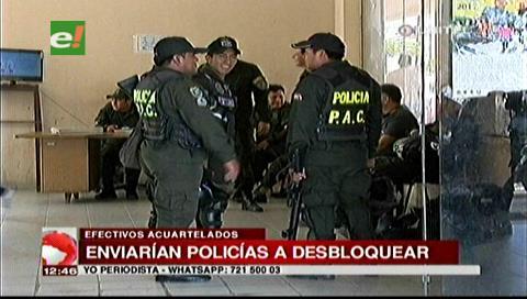 Bloqueo en Pailón: Policías están acuartelados ante posible intervención