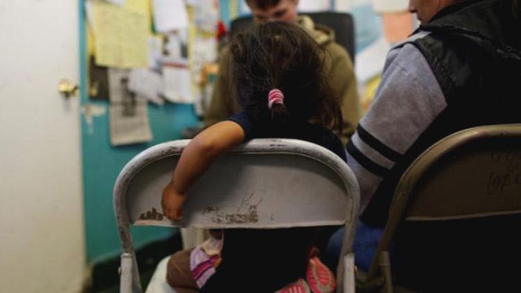 EE.UU. podría separar a madres e hijos detenidos por entrar de manera ilegal  desde México