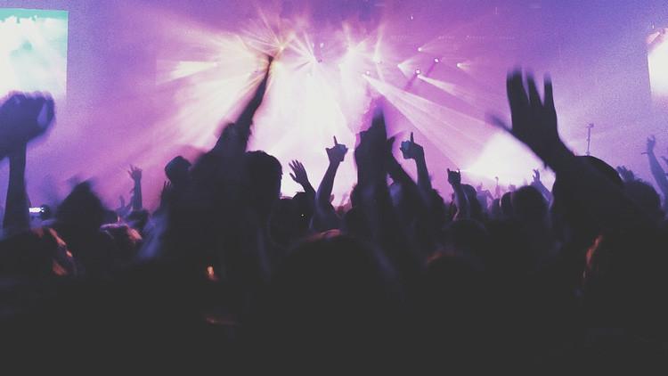 Al menos dos muertos por una avalancha de gente en un concierto de Indio Solari en Argentina