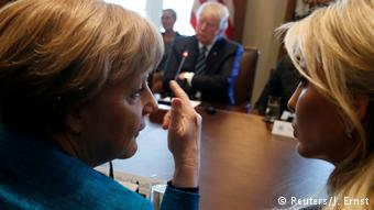 USA Angela Merkel und Ivanka Trump (Reuters/J. Ernst)