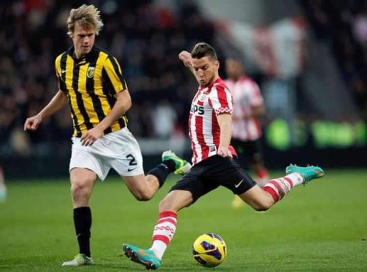 Los ex jugadores del PSV y Vitesse reconocieron haber sufrido de abusos sexuales