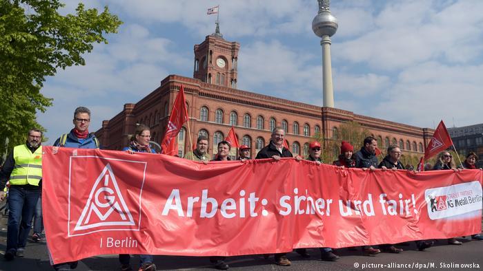 Deutschland 1. Mai in Berlin - DGB-Demonstration (picture-alliance/dpa/M. Skolimowska)