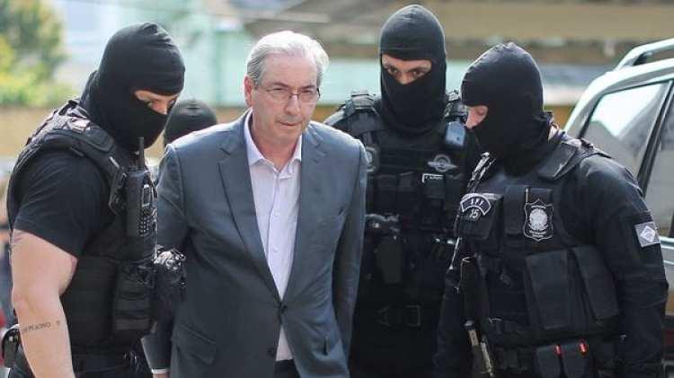 Eduardo Cunha al momento de su detención (AFP)