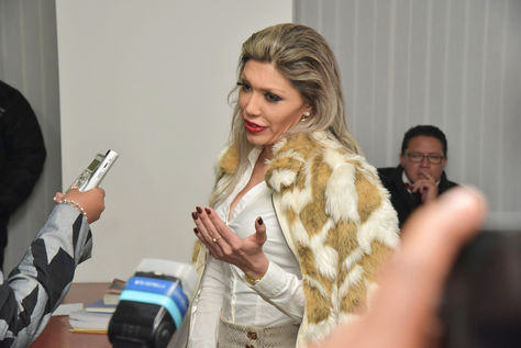 Gabriela Zapata en la audiencia donde se conoció que fue condenada a 10 años de prisión. Foto: José Lavayen