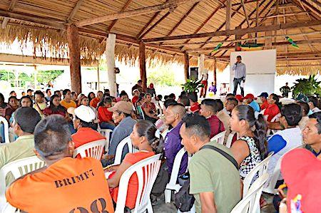 Resultado de imagen de Gobernación de Tarija observa dificultadores para transferir empresas al Chaco
