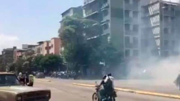 La represión chavista en la Avenida Victoria en Caracas