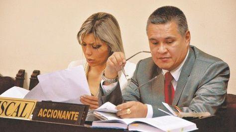 Eduardo León cuando patrocinaba a Gabriela Zapata.