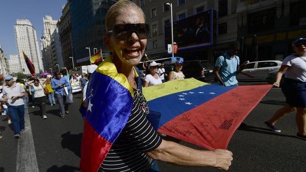 Unos 400 venezolanos se manifestaron este sábado en el centro de Madrid (AFP)