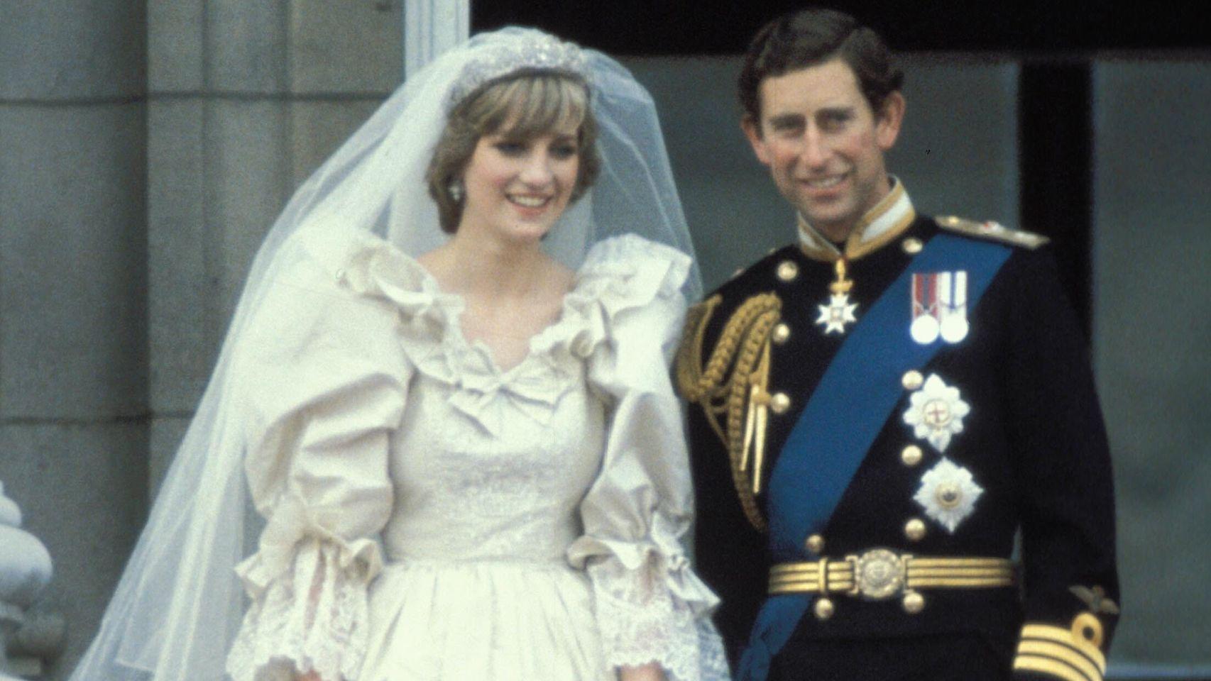 Lady Di y Carlos de Gales, el día de su boda.