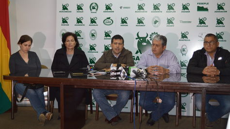 Víctimas de avasallamientos piden a las autoridades el desalojo de los avasalladores de sus predios.