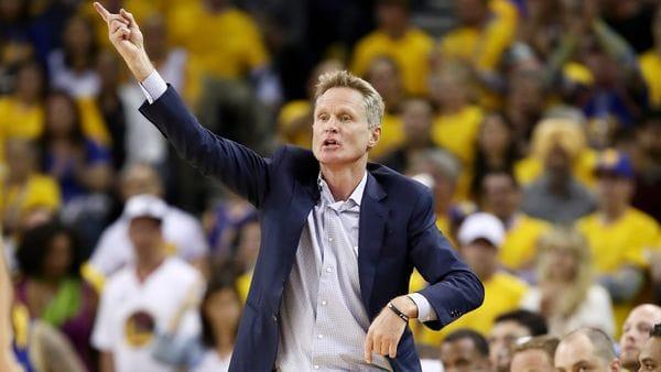 El entrenador de los Golden State Warriors, Steve Kerr (AFP)